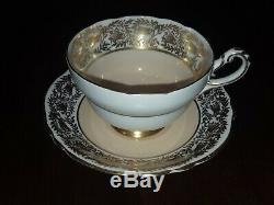 21 PC HM THE QUEEN & QUEEN MARY HIGH TEA SERVING SET with PLATES, CUPS, SAUCERS