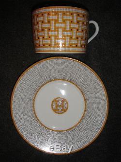 Hermes MOSAIQUE AU 24 Gold Tea Cup & Saucer Set