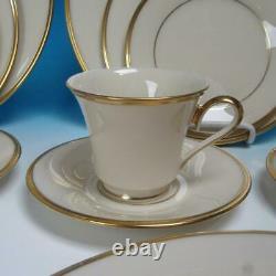 Lenox China Eternal Gold Trim 4 Place Settings Plates/Cup/Saucer 20 Pcs