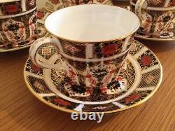 Royal Crown Derby Old Imari Tea Cups & Saucers x 6