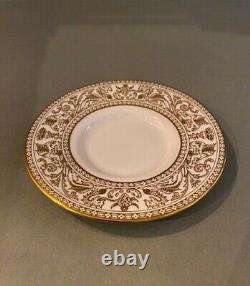 Set of 12 Demitasse Cups & Saucers English Bone China Wedgwood Gold Florentine