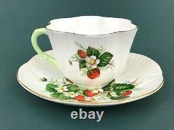 Shelley Bone China Strawberry Dainty Green Handle Tea Cup Saucer Gold Trim A2397